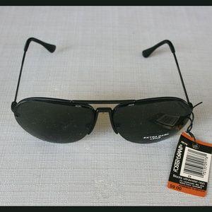 Foster Grant Extra-Dark Lens sunglasses New w/tag